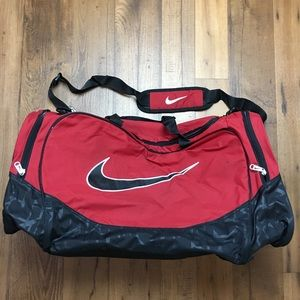 Nike Gym Duffle Bag Red Black